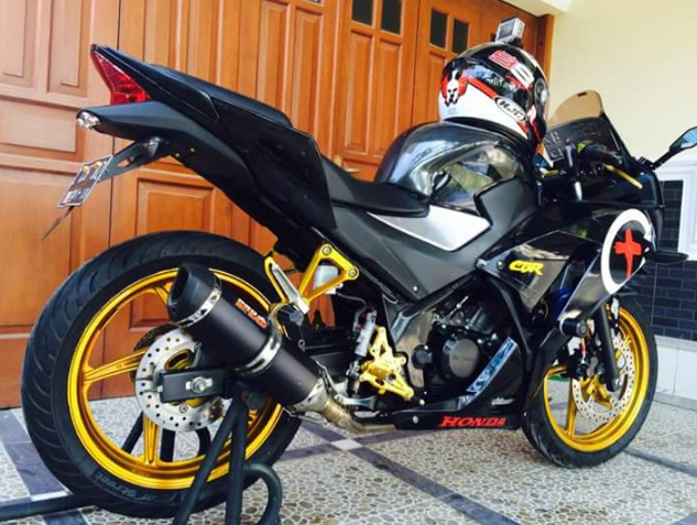 Knalpot-Racing-Honda-CBR150R.png