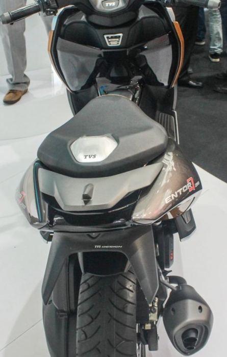 tvs-entor-q-210-belakang-2