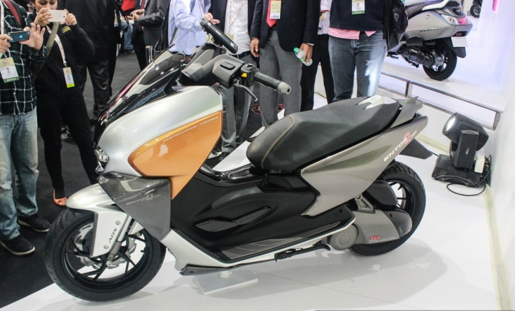 tvs-entorq210-scooter-concept-side-at-auto-expo-2016.jpg